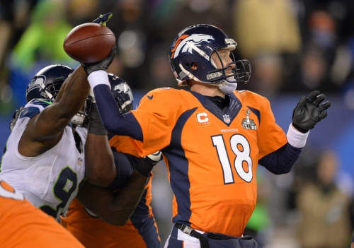 Peyton Manning set a Super Bowl record for pass completions in a game. But he still had an awful game, showing how metrics can be misleading. Photo by John Leyba/The Denver Post. Used with permission.