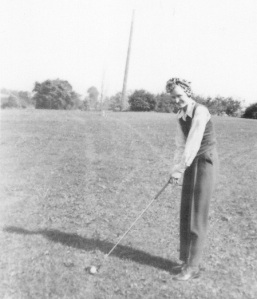 Minda Buttry golfing